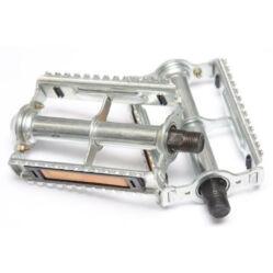 Union acél keretes acél pedál, ezüst színű