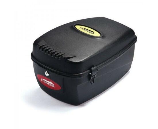 Flinger zárható, fix rögzítésű műanyag doboz csomagtartóra, 13,5 liter, fekete