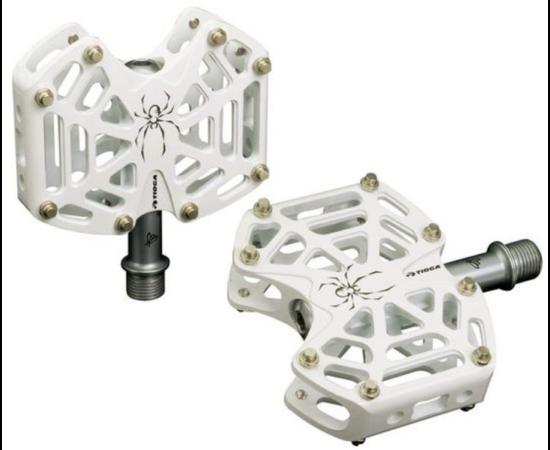 Tioga Spyder ipari csapágyas alumínium platform pedál cserélhető tüskékkel, fehér