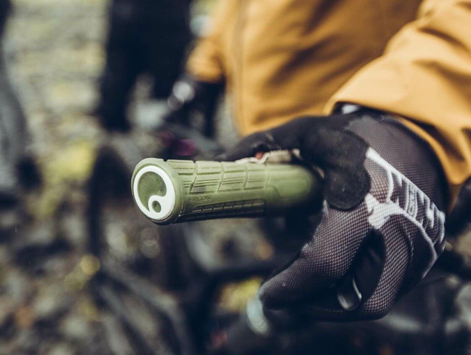 4_minden amit tudni akart a kerékpár markolatról