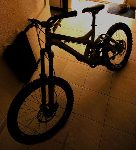 Spéci kerékpár